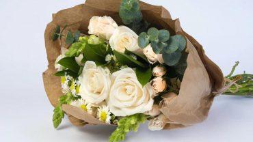 fresh flower wreath delivery